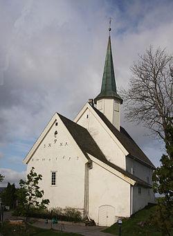 Nannestad_kirke.JPG