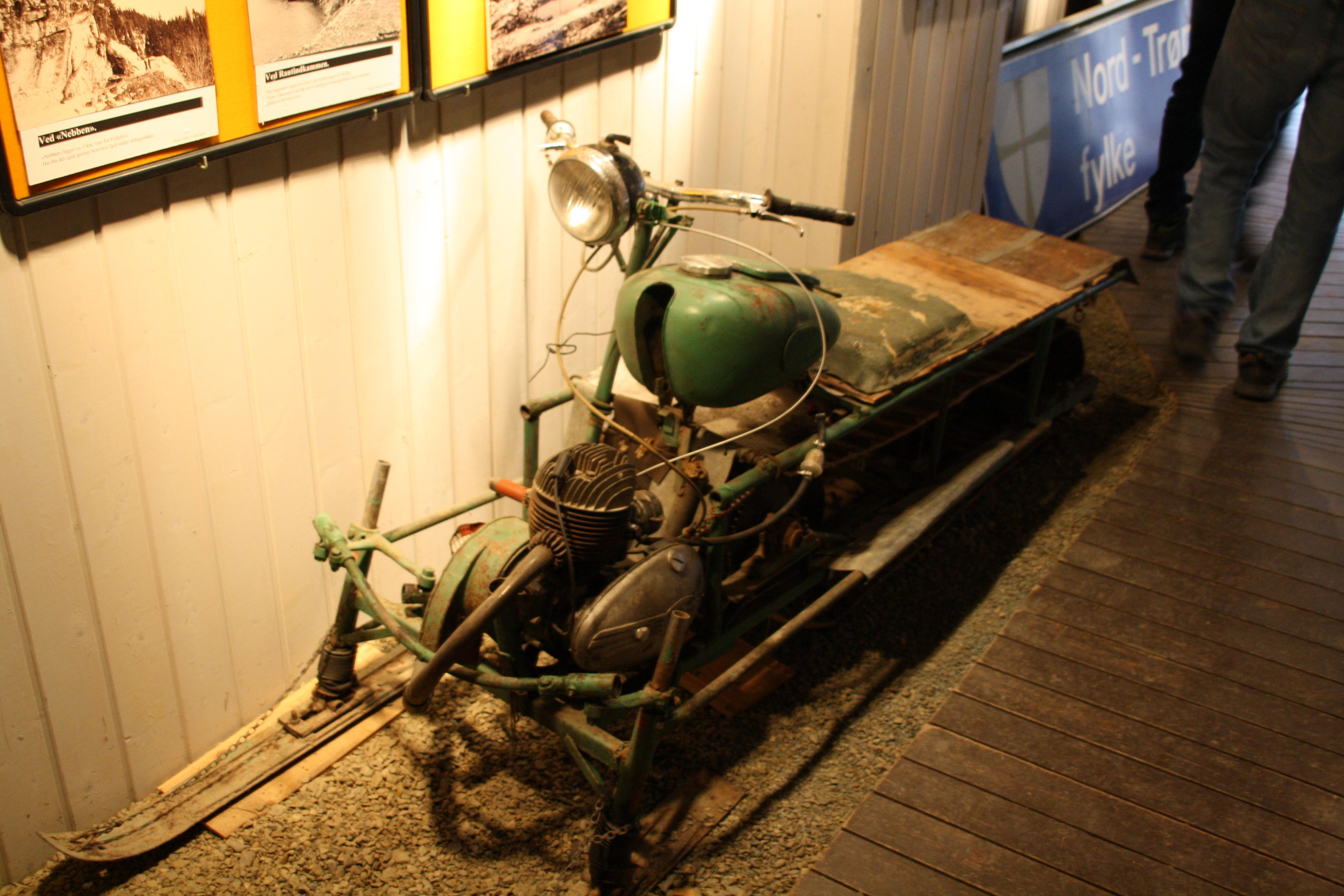 Veghistorisk utstilling (7).JPG