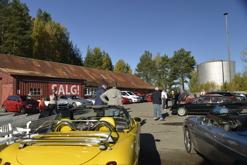 Foto: ANDERS JOH. BLISTEN og LESLIE GAYES. Fra Alfanytt #4/2017 – magasin for Klubb Alfa Romeo Norge. Gjenbruk er kun tillatt med Alfanytt-redaktørens skriftlige samtykke.