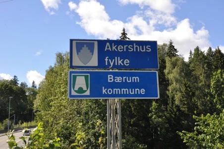 Fylkes-og-kommunegrensen-ved-Barumsveien-over-Lysa