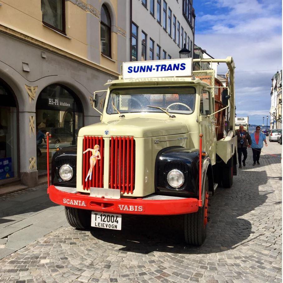 Scania.JPG