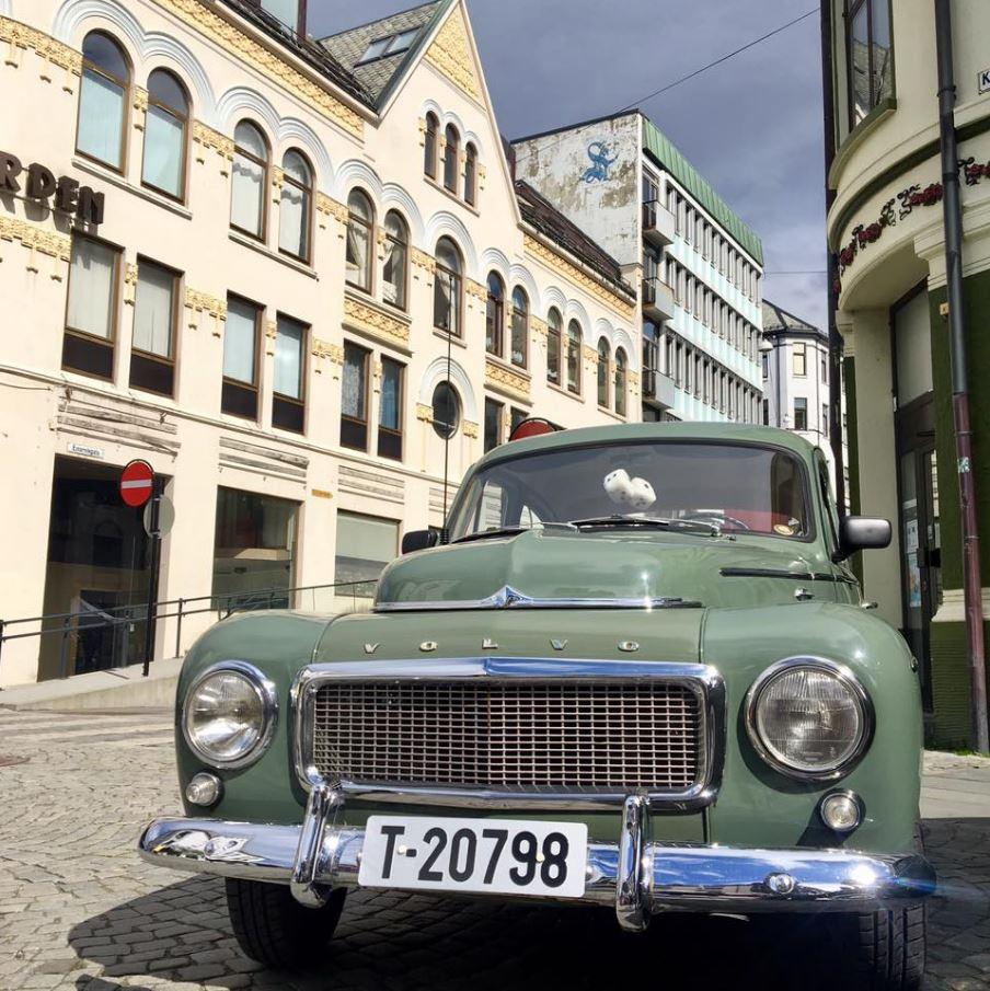 Volvo pv.JPG