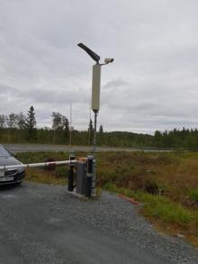 Ny og bedre antenne er montert. Skal tåle mye mer enn den forrige. Mye bedre signal ved bruk av denne.