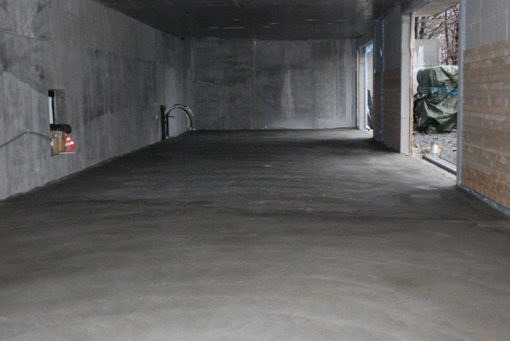 Støping av gulvet i nybygget-2- 7.4.jpg