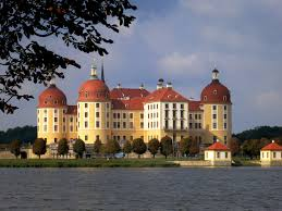 slott-moritzburg.jpg