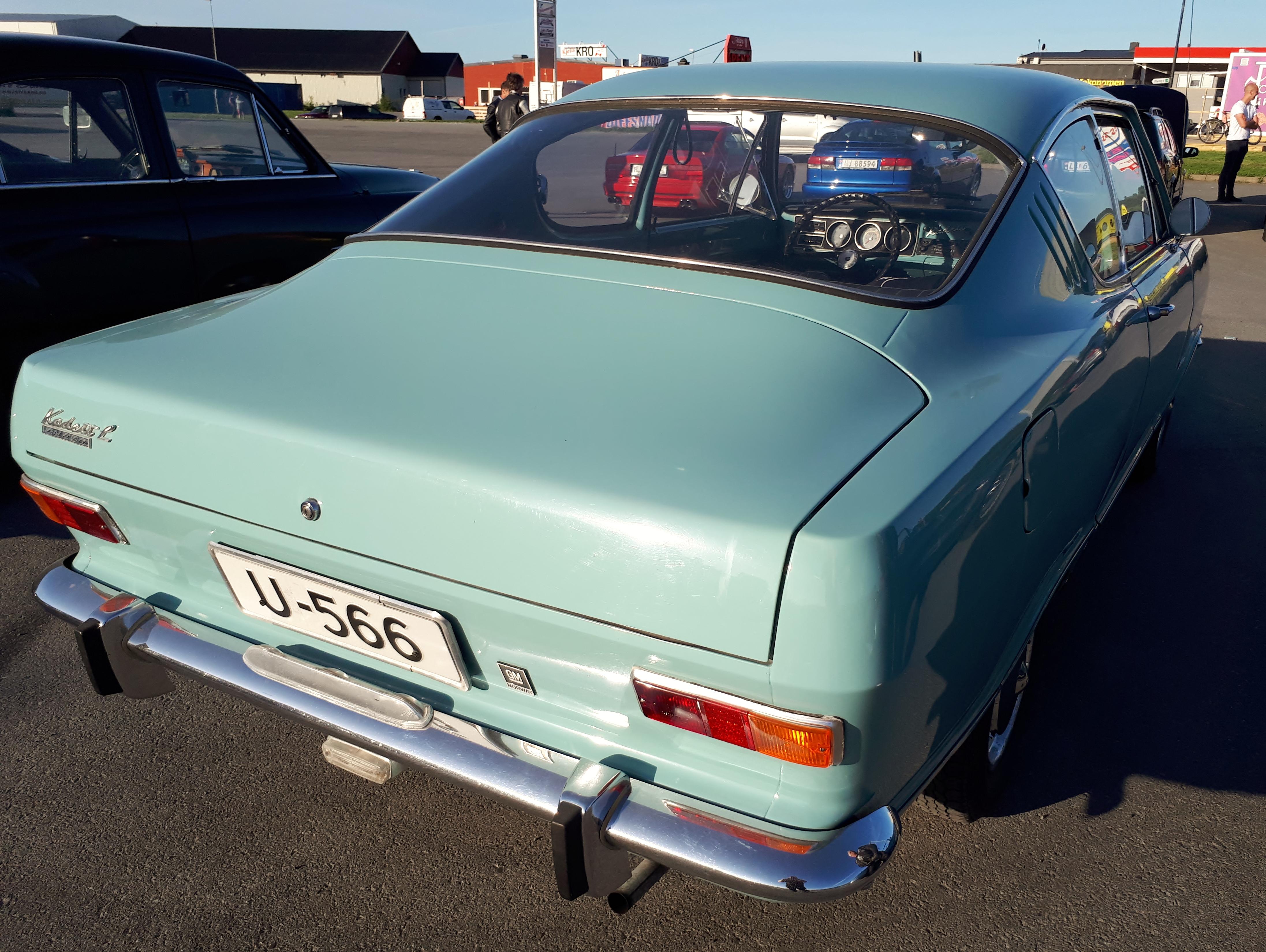 Opel Kadett b Kiemencoupe.jpg