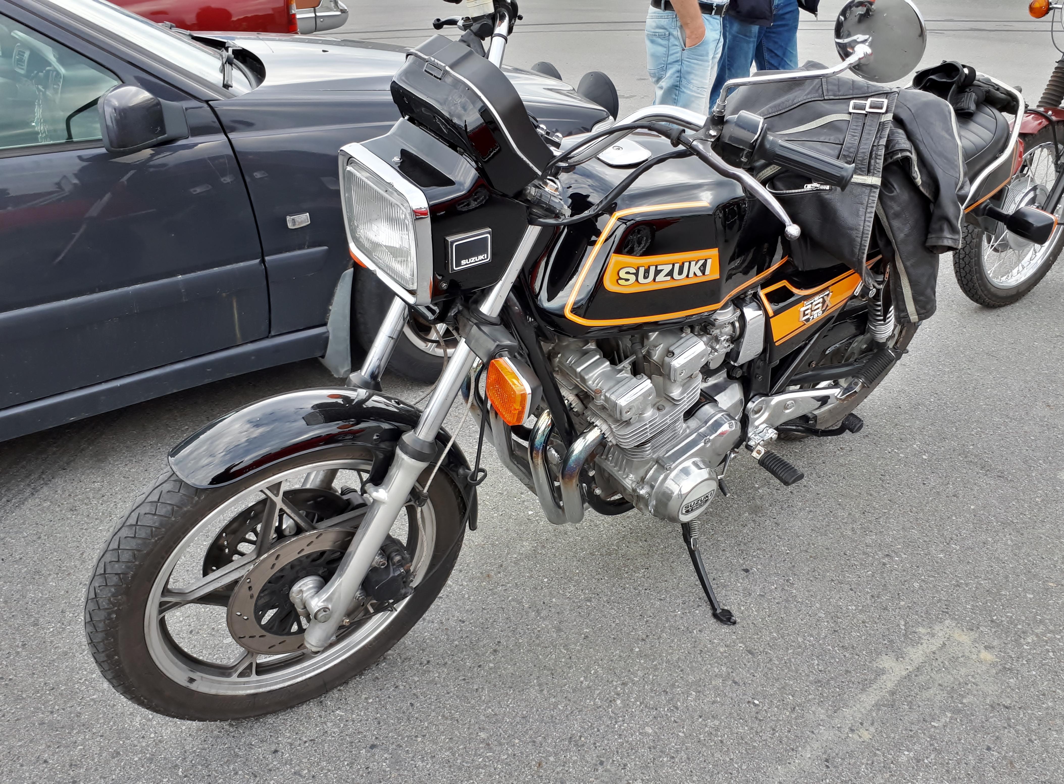 Suzuki GSX.jpg