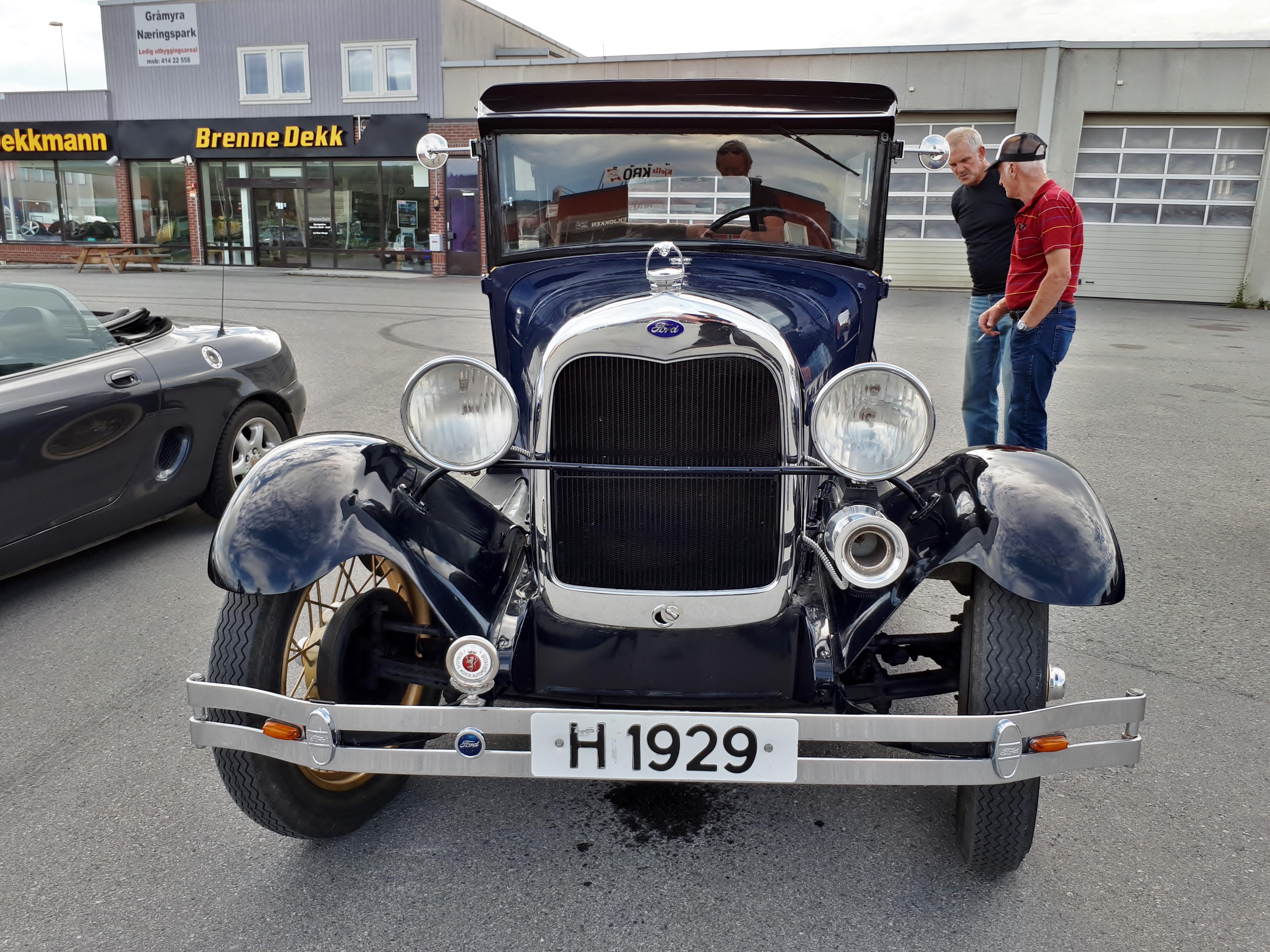 Ford 1929.jpg