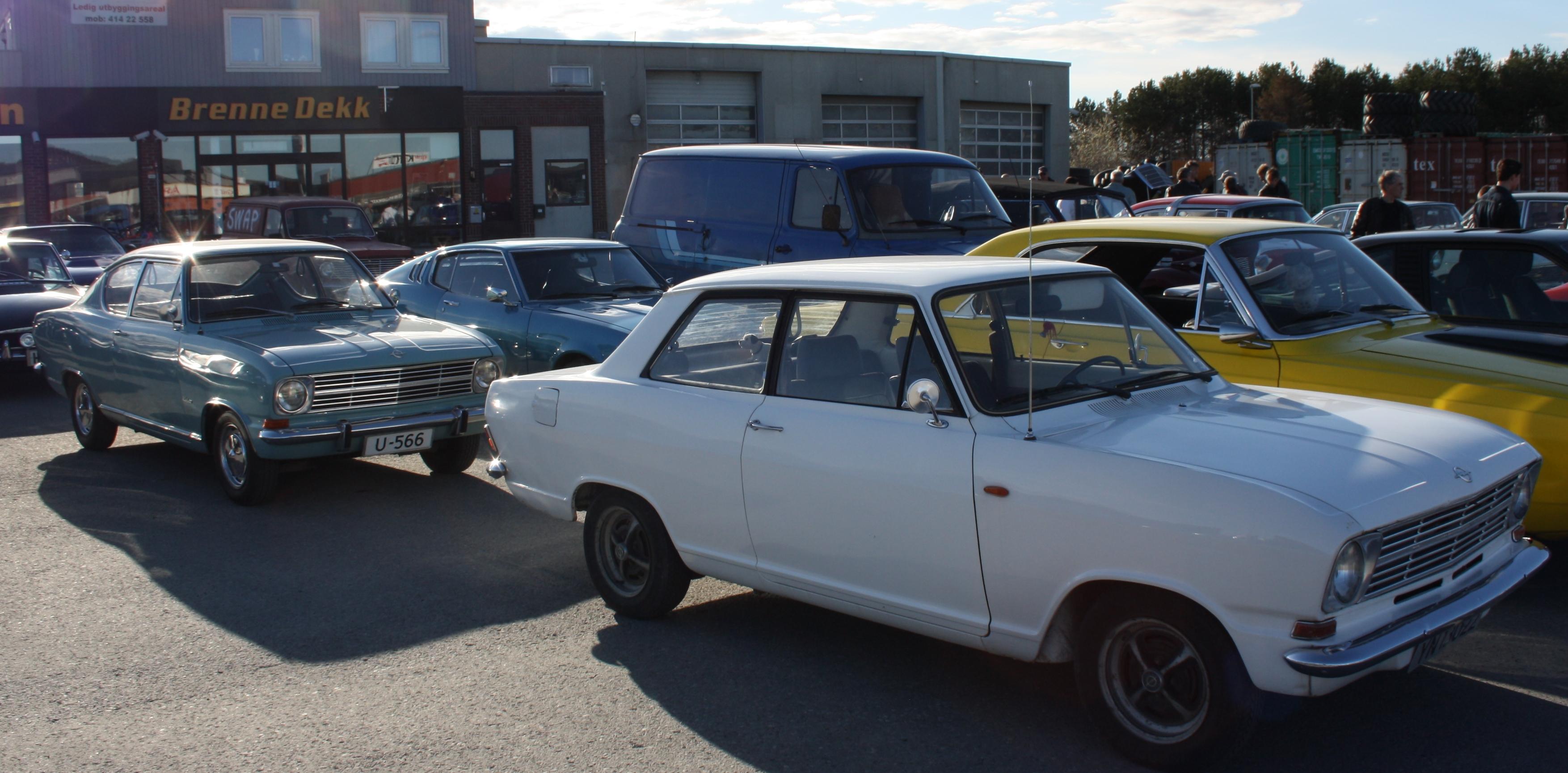 Opel Kadett b x2.JPG