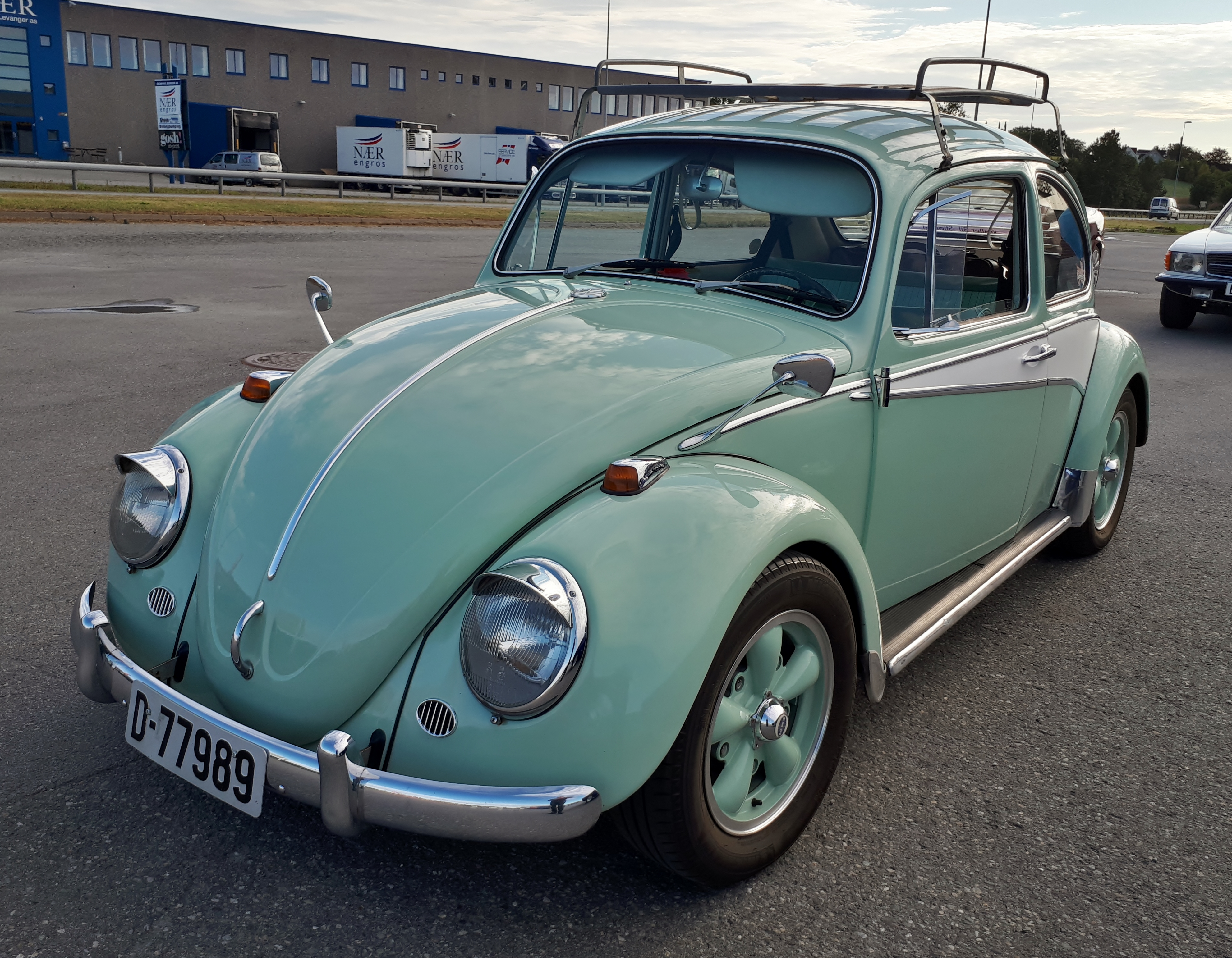 VW 1300.jpg