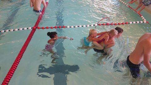 Svømmeaksjonen 2014 lek.jpg