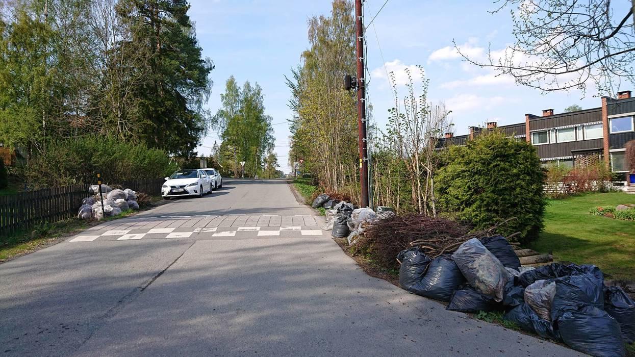 Betalende medlemmer i Bekkestua Vel kan legge ut hageavfall til innsamling. Renova samler inn i perioden 6.-14. mai.