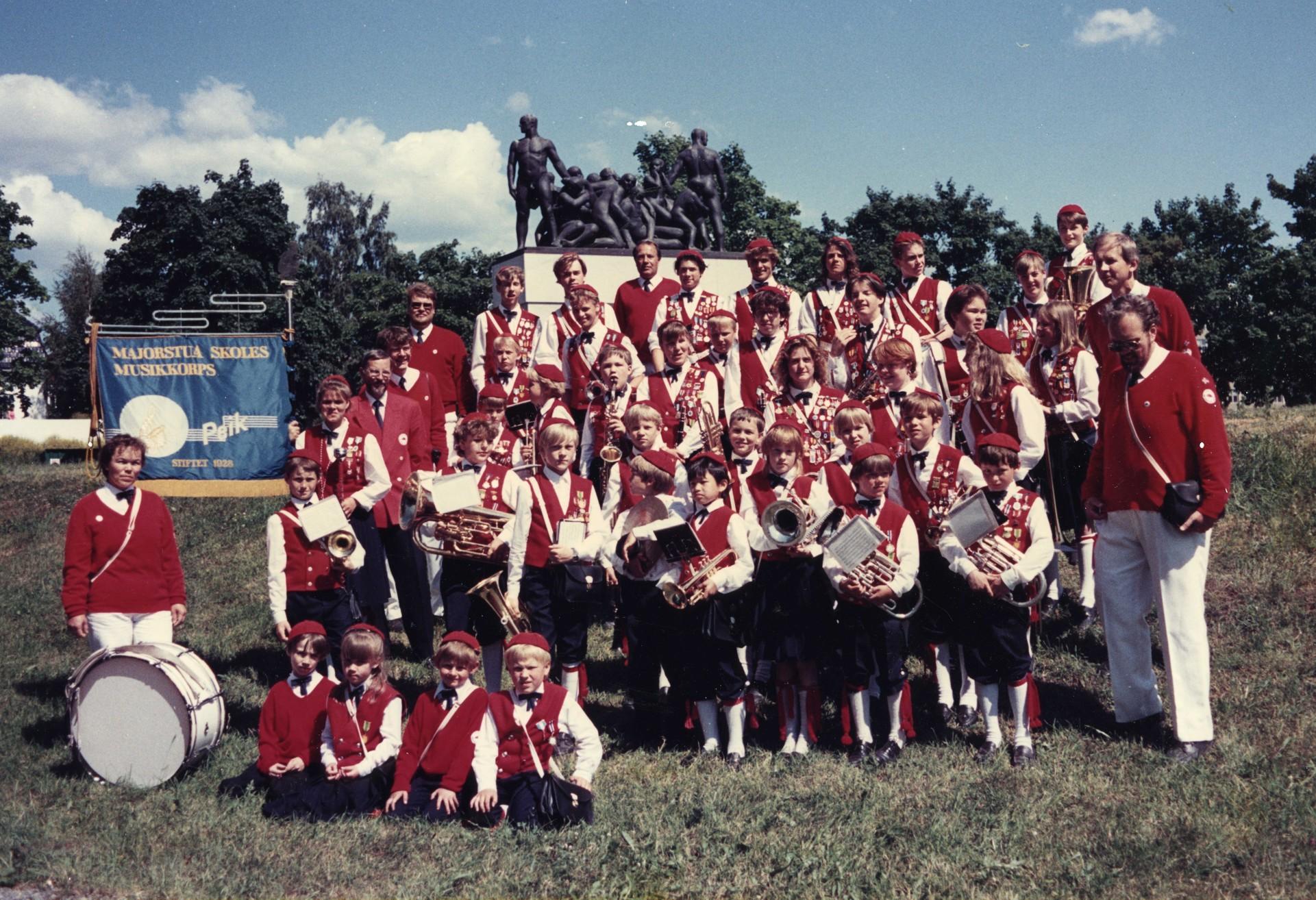 peikbilder_korpset_1988_014.jpg