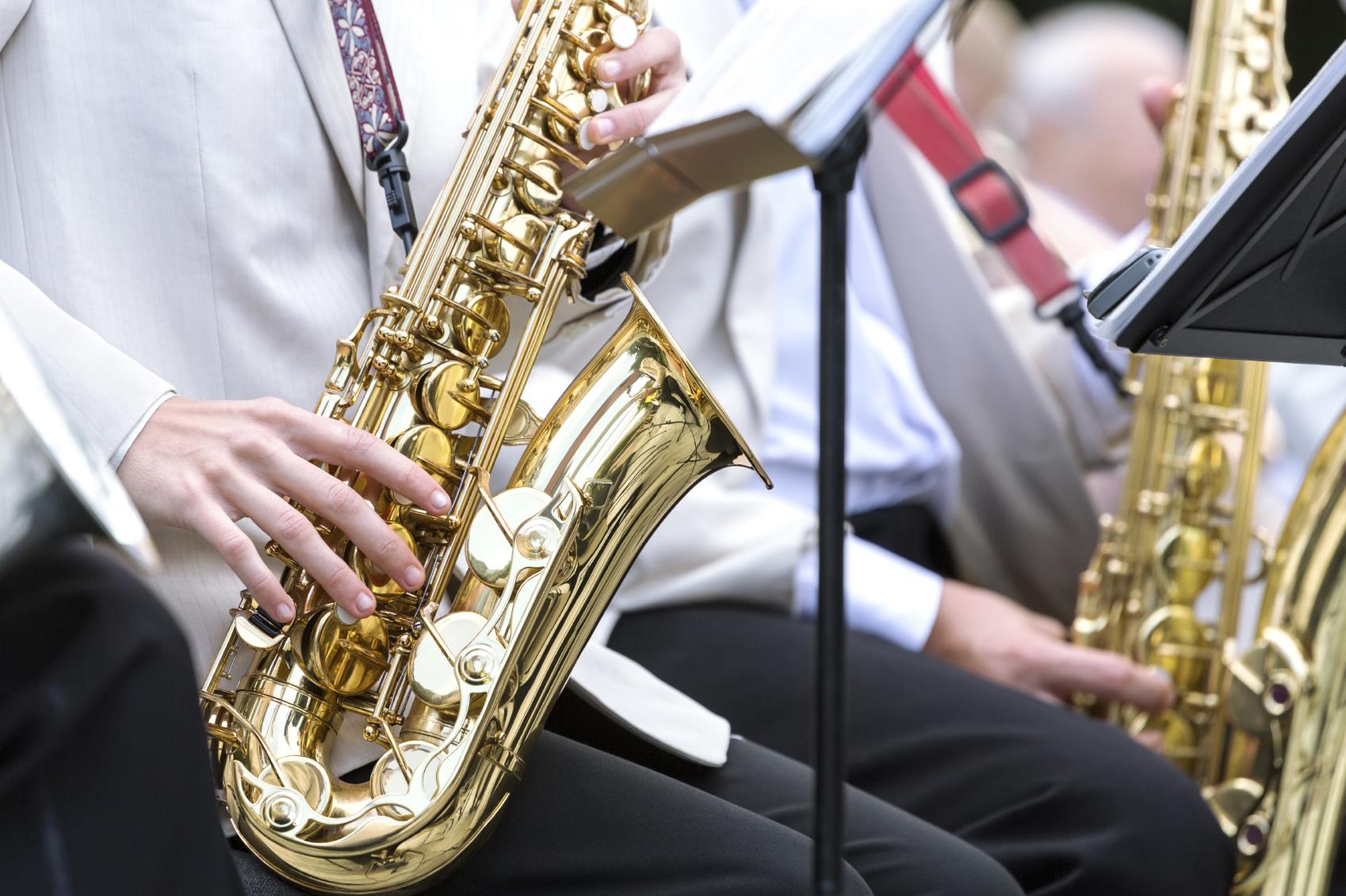 Saxofone_Medium.jpg