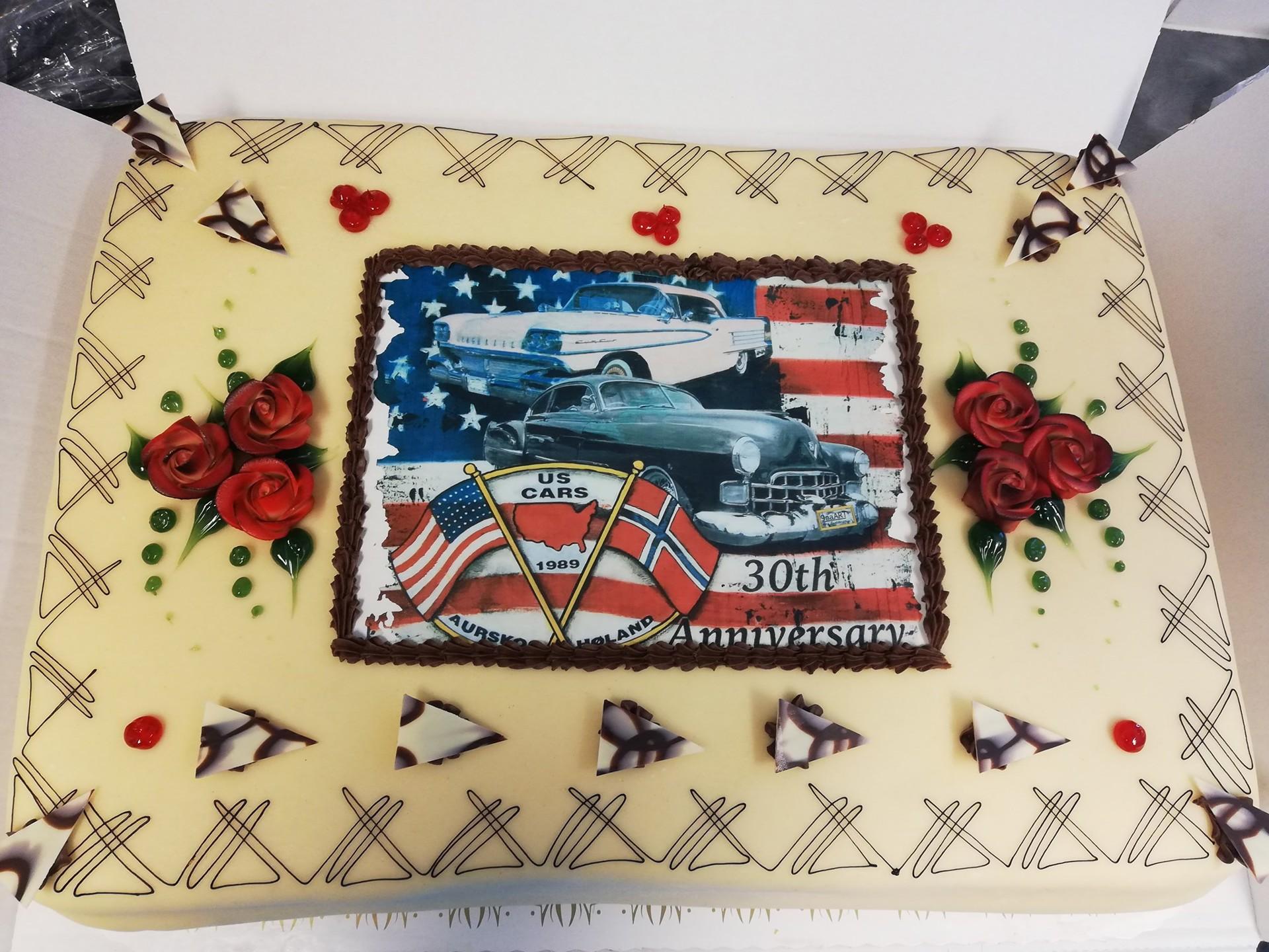 30års marsipankake UScars style.jpg