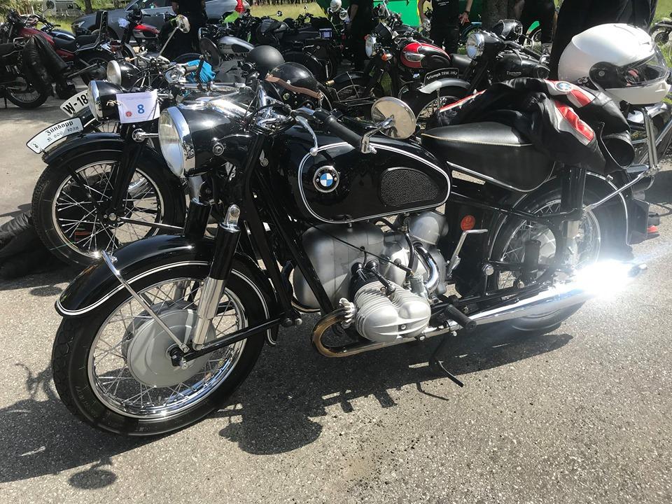 BMW svart (3).jpg