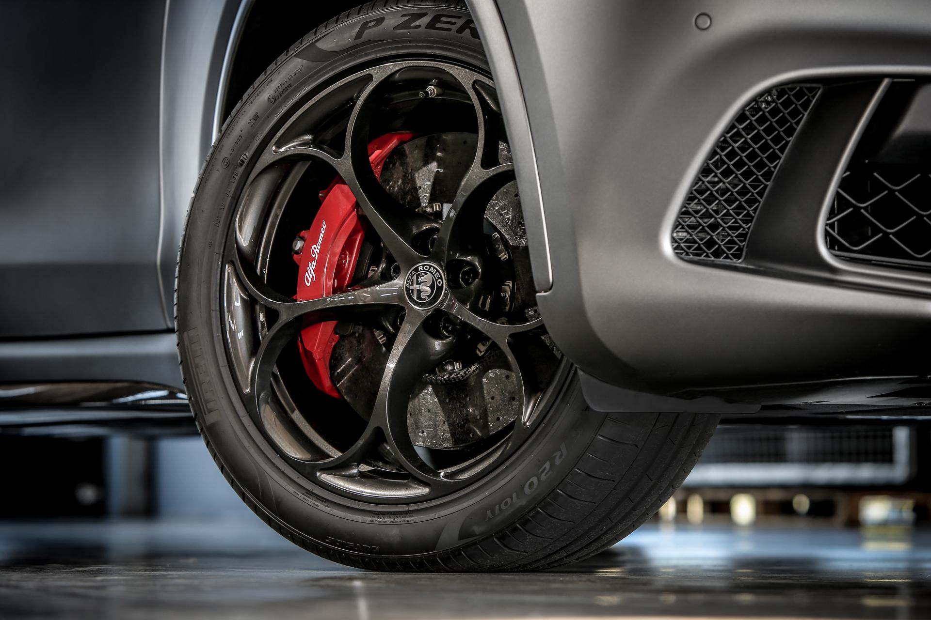 180614_Alfa-Romeo_ORAX2043b.jpg