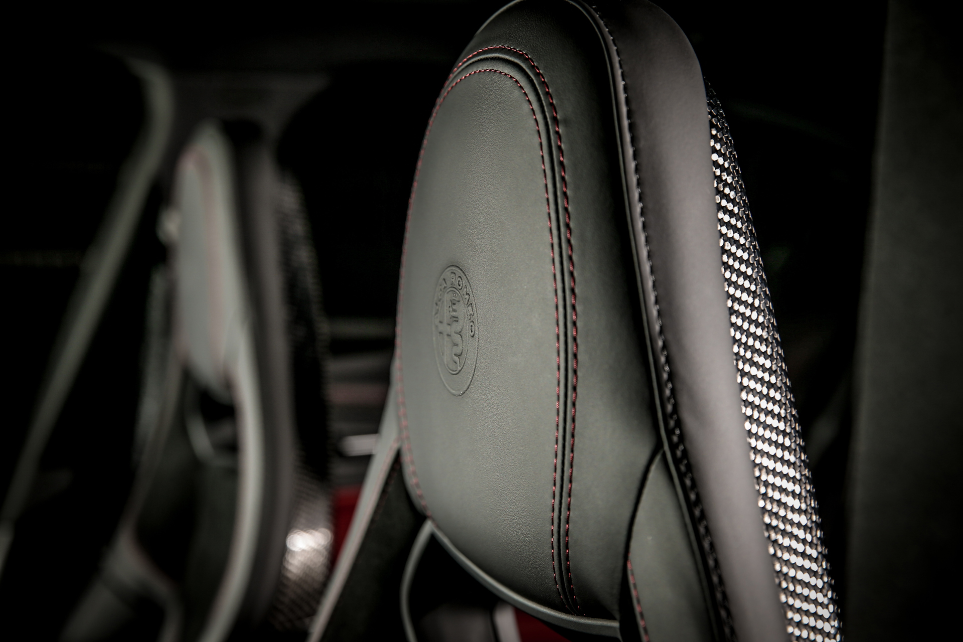 180614_Alfa-Romeo_ORAX2178b.jpg