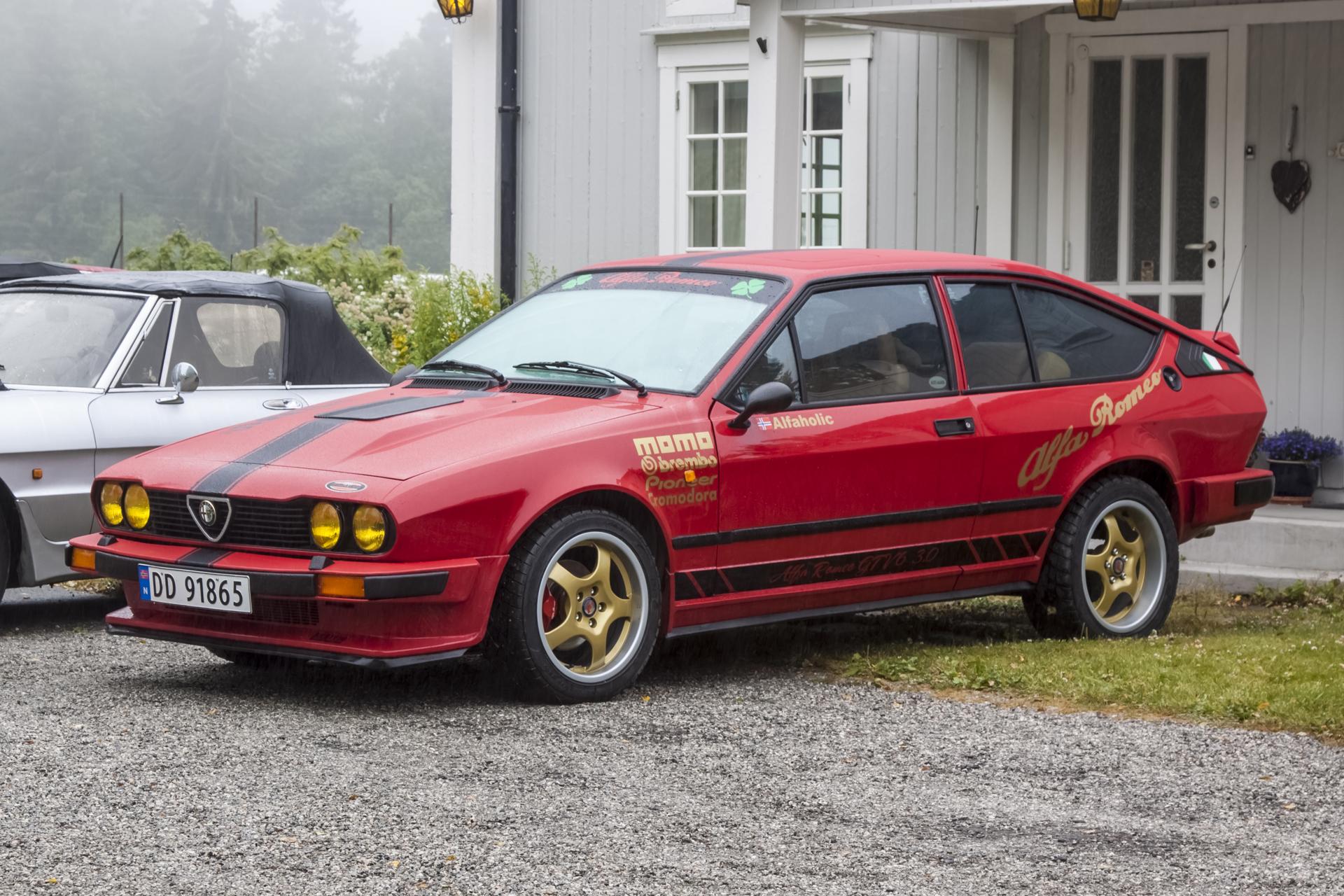 1982 ALFA ROMEO GTV 62.5.jpg