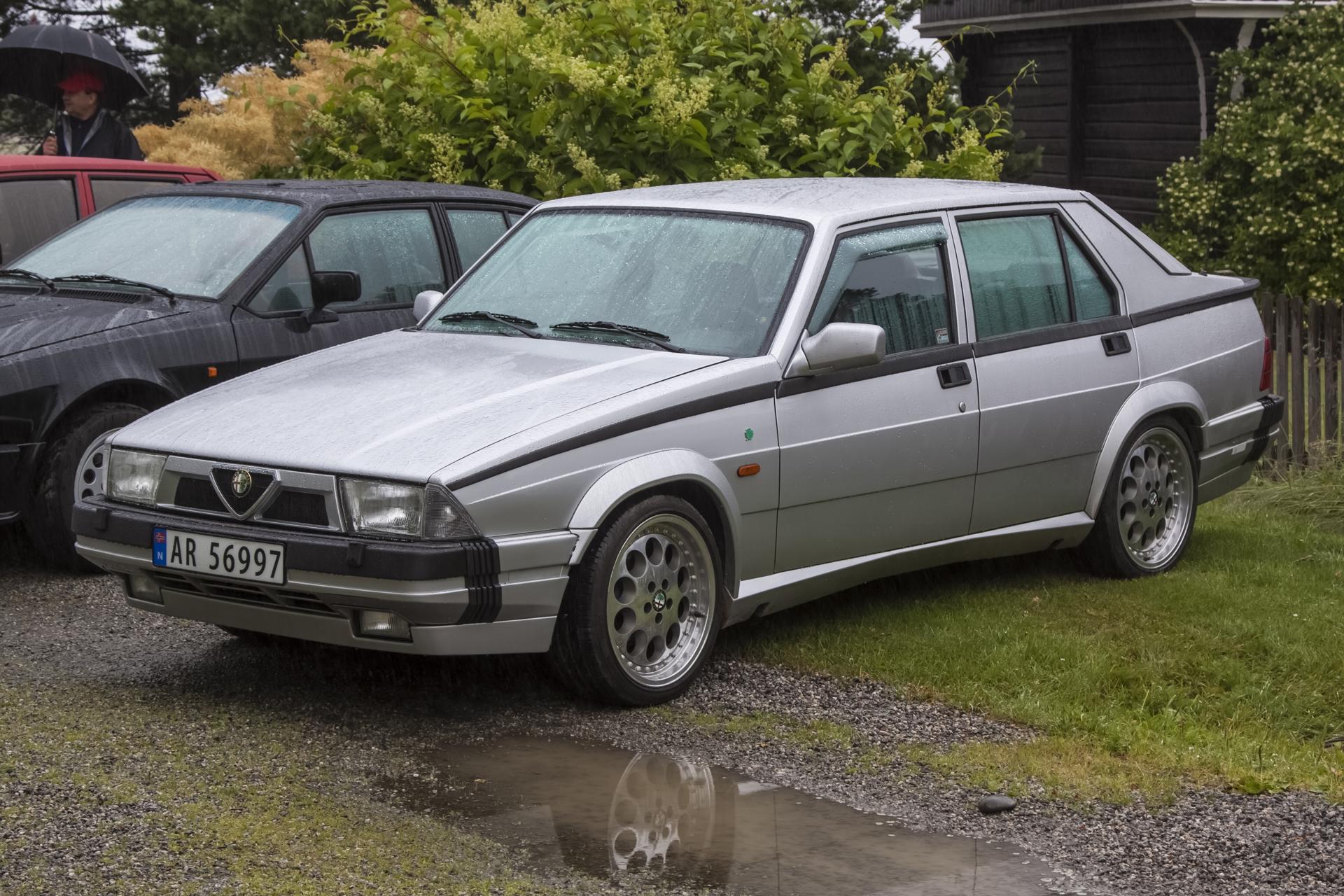 1991 ALFA ROMEO 75 3.0 V6.jpg