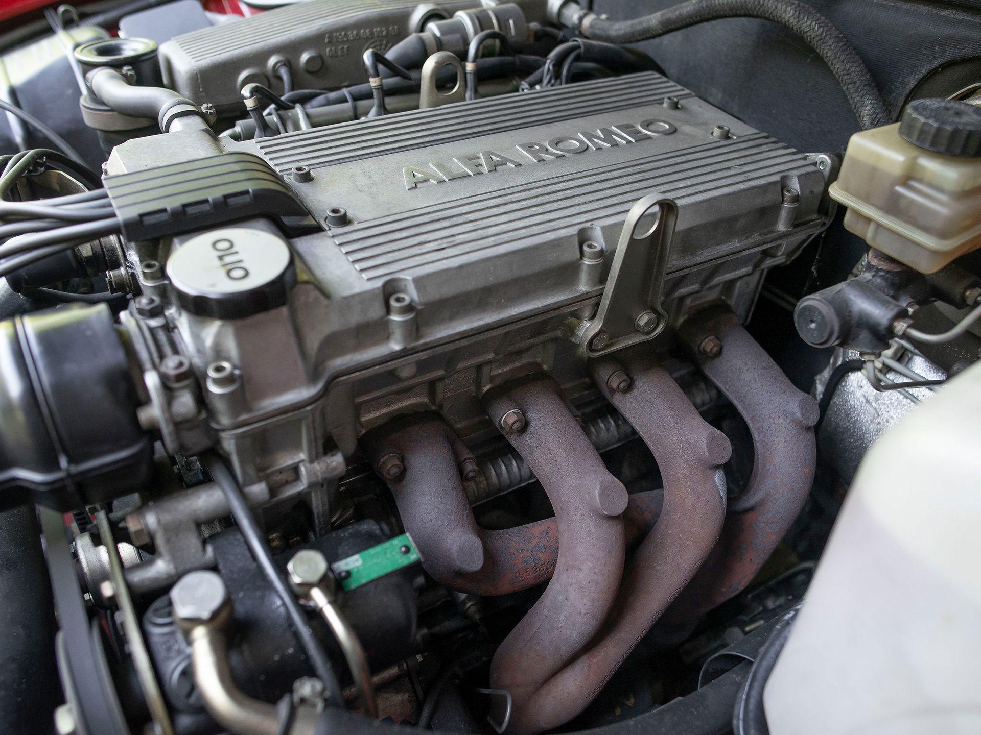 20044280-60.jpg