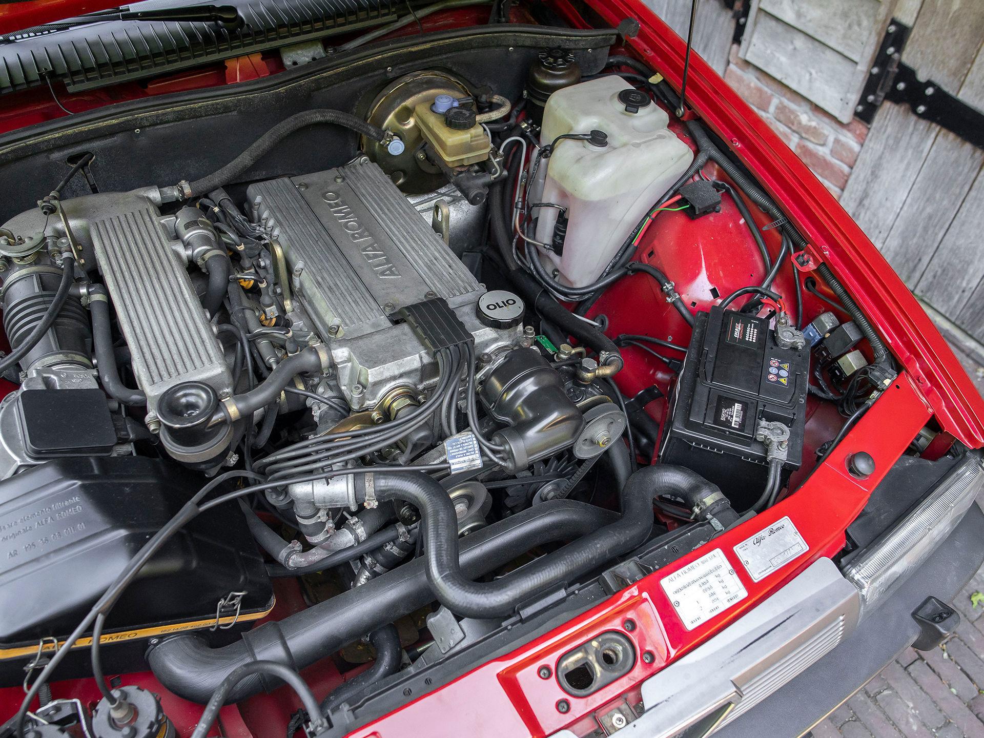 20044280-63.jpg