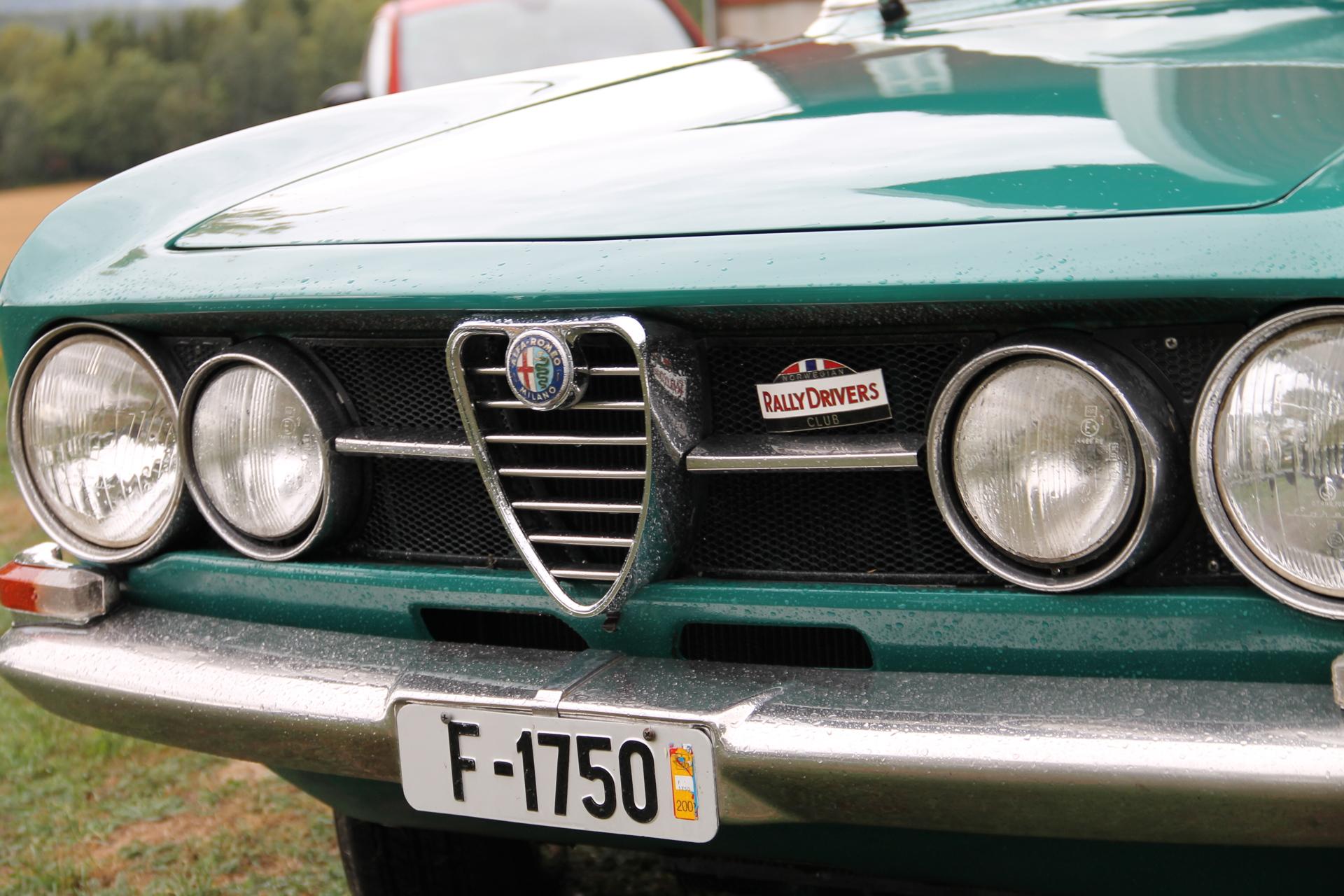Bertone f1750 (1).JPG