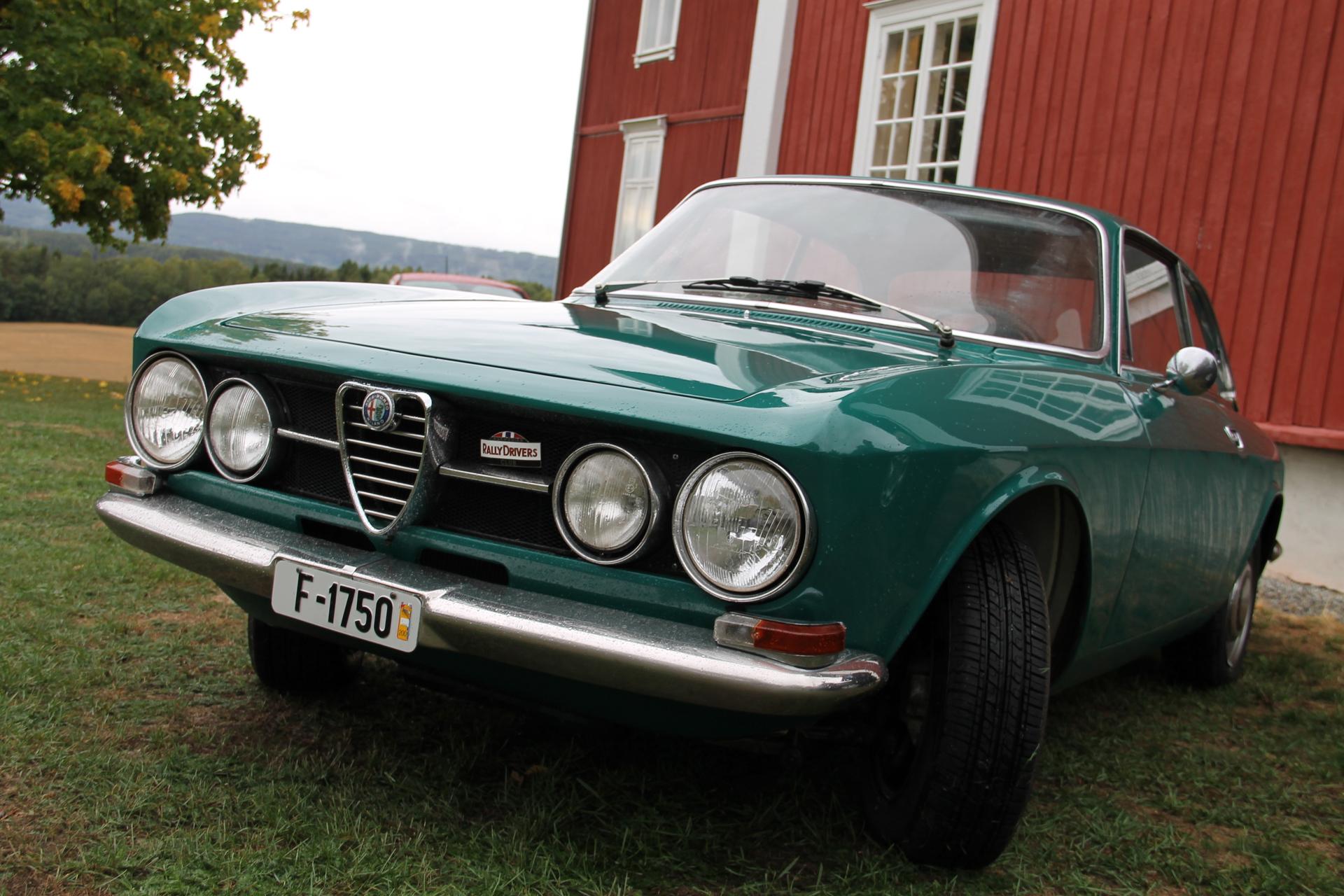Bertone f1750 (3).JPG