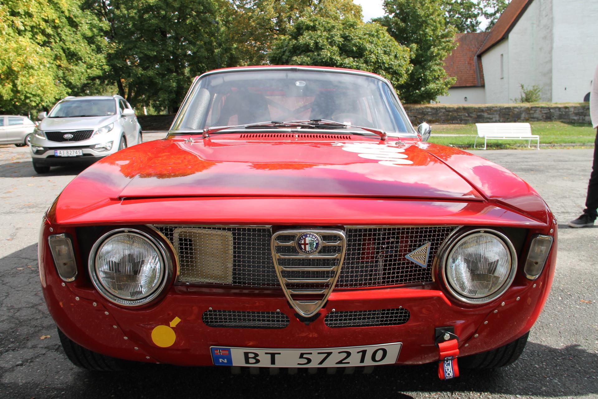Bertone rød (3).JPG