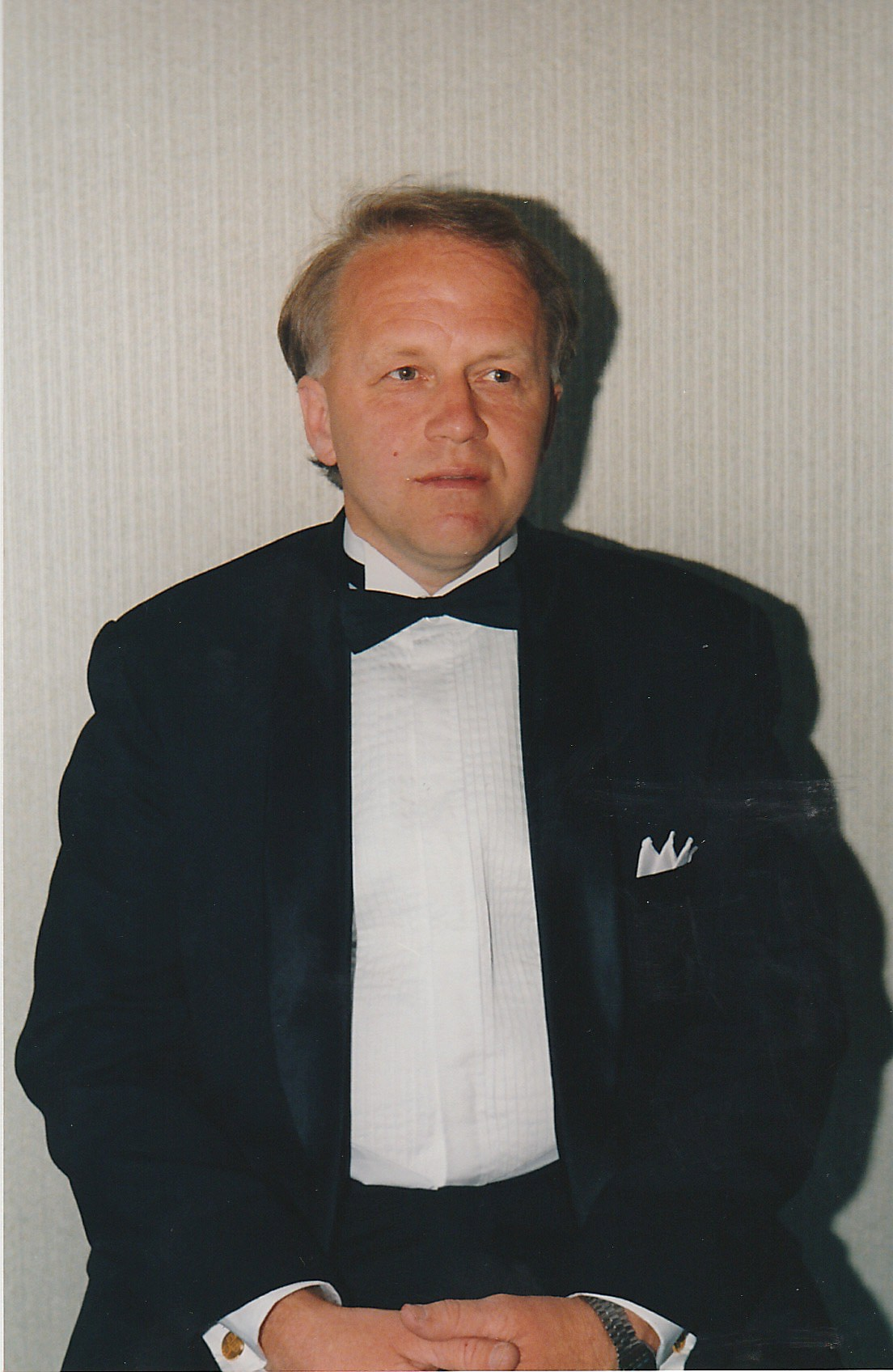 OLAV SANDSTÅ