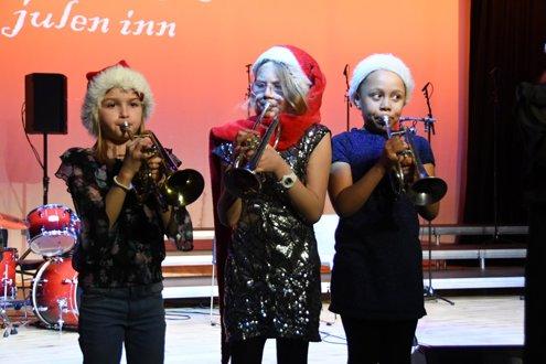 15.desember deltok korpset på Randaberg synger julen inn.