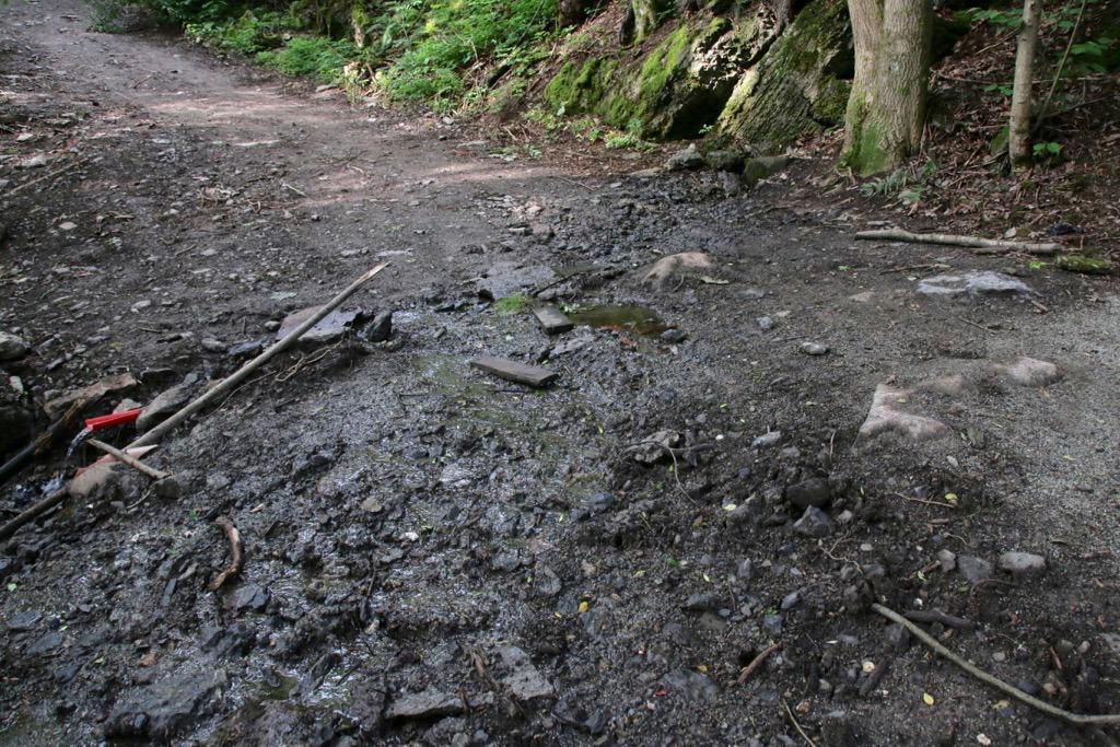 Nedgraving av kabel skjemmer tursti