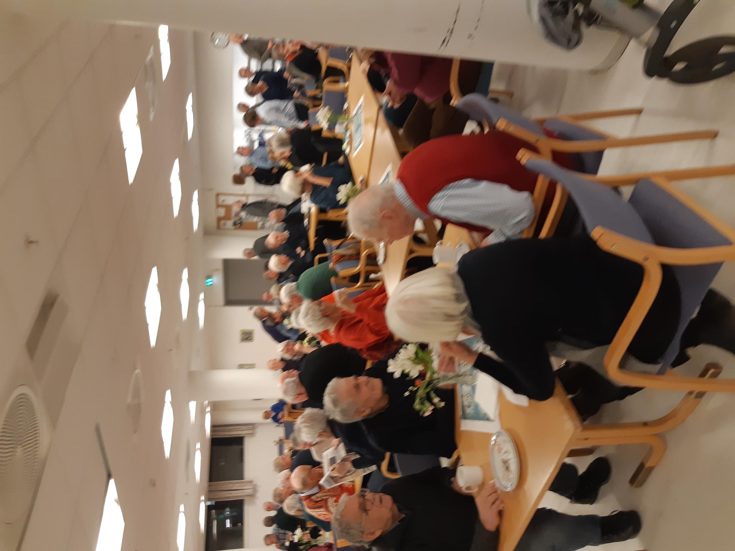 mye folk på møtet 3.3.20.jpg