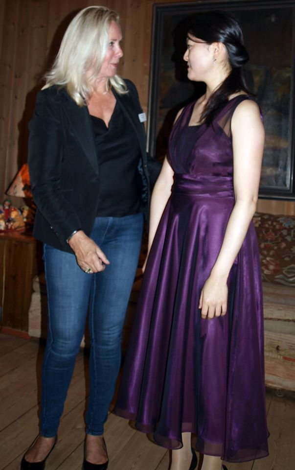 May Goto og Anne Asseerson.jpg