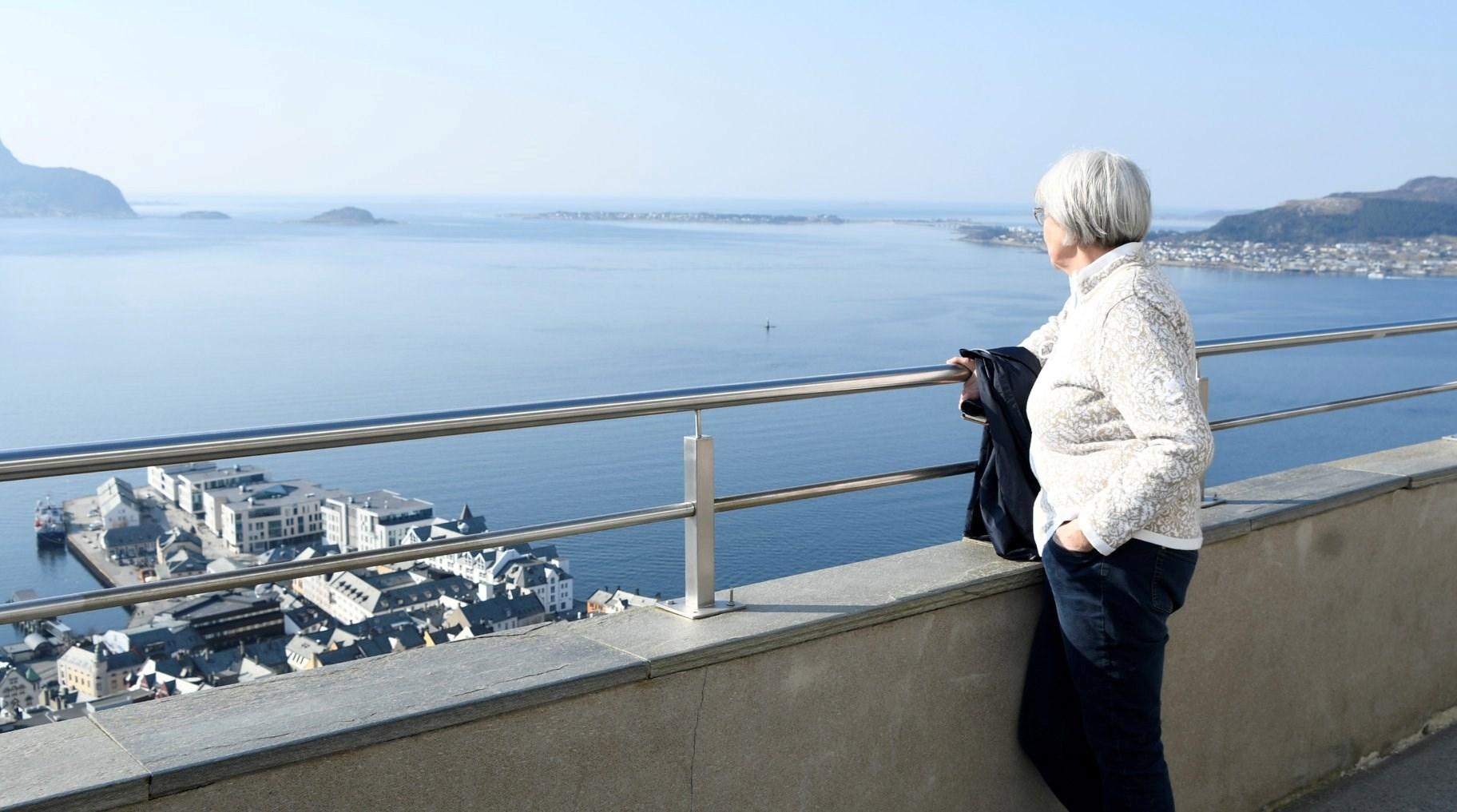 utsikt og torill.jpg