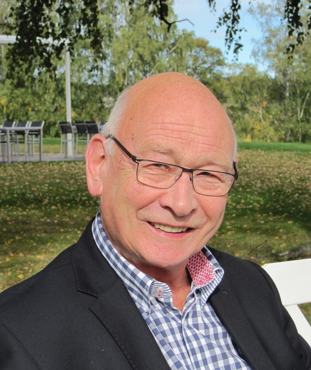 Erik Sennesvik style=