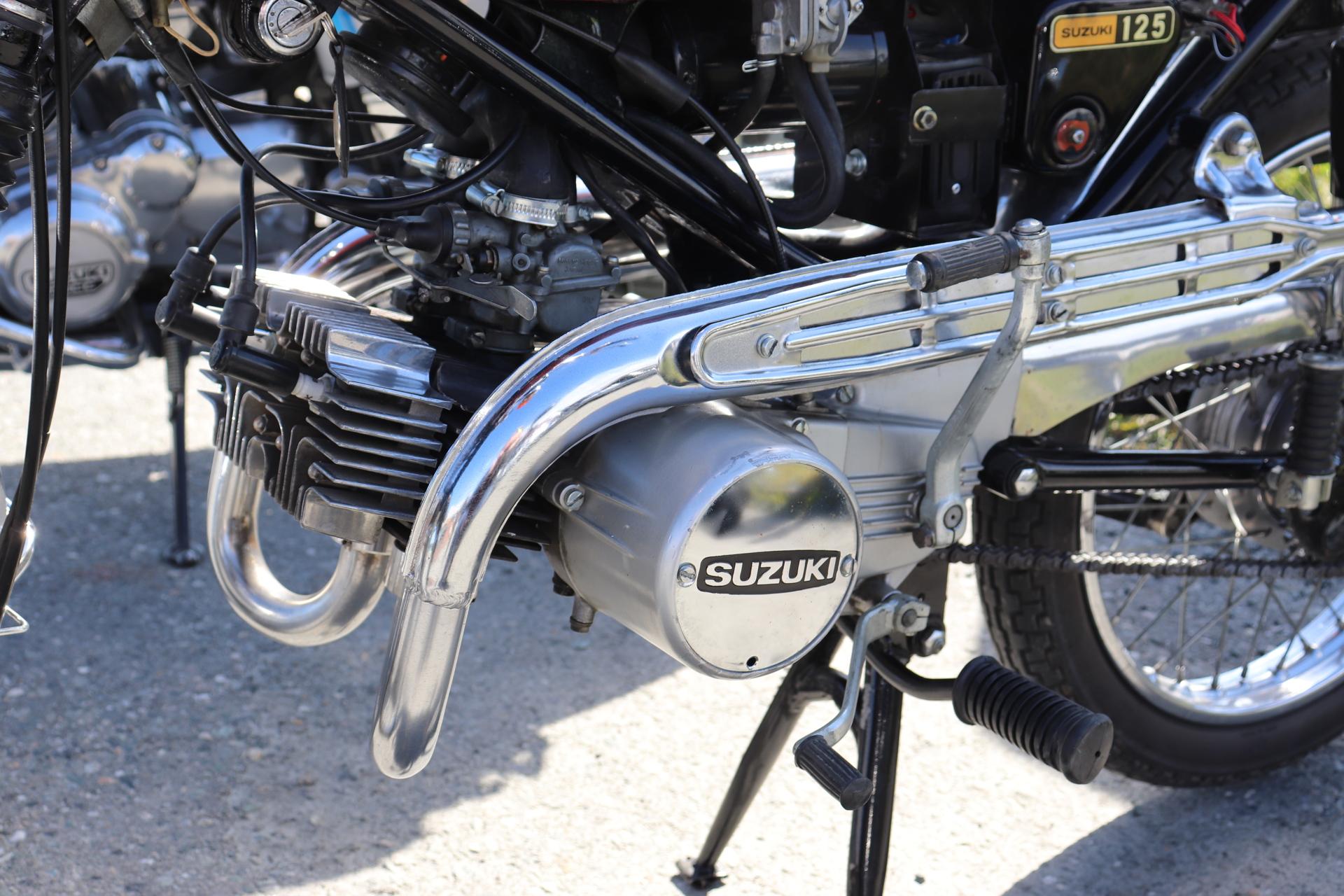 12 Suzuki 125.JPG