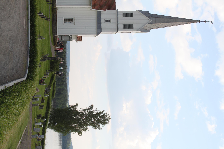 Udenes kirke