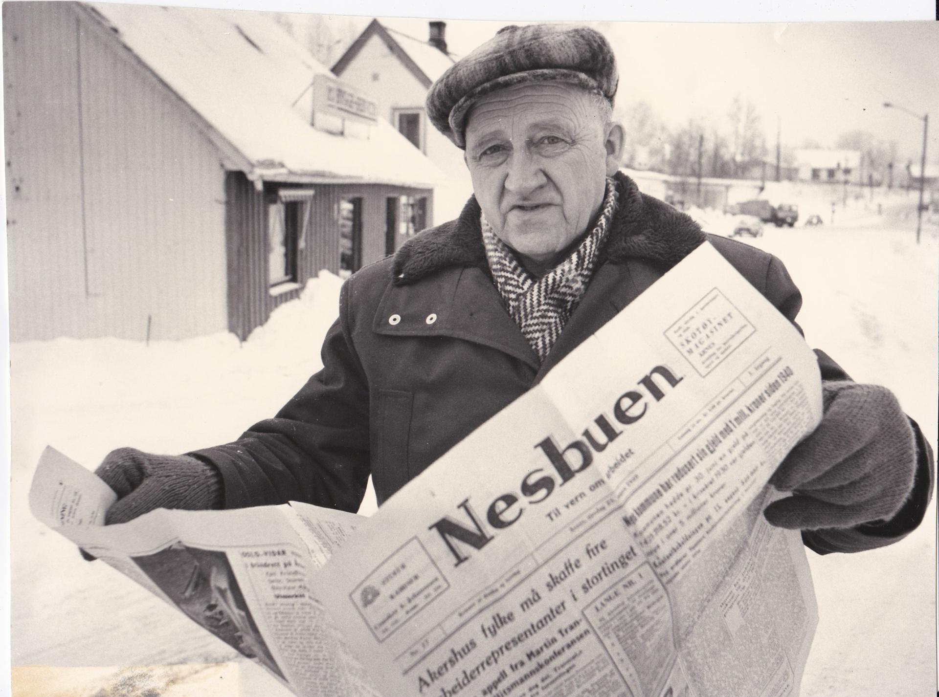 1949 Trygve Tangerud med Nesbuen.jpg