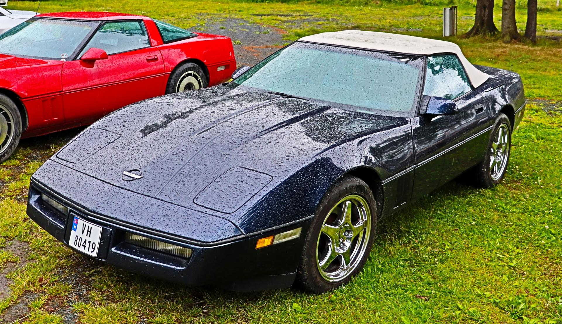 Chevrolet Corvette C4.JPG