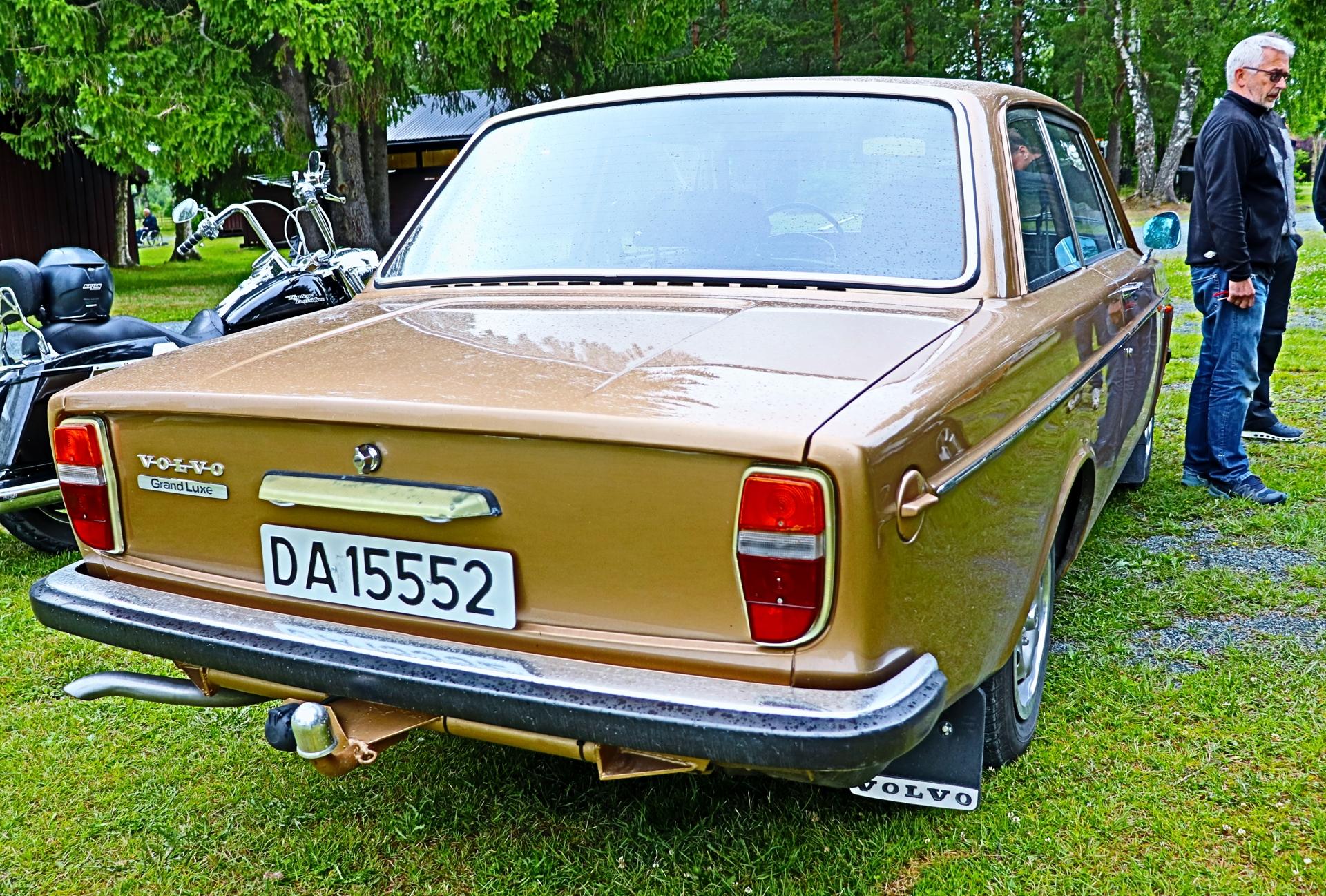 Volvo 142 Grand Luxe.JPG