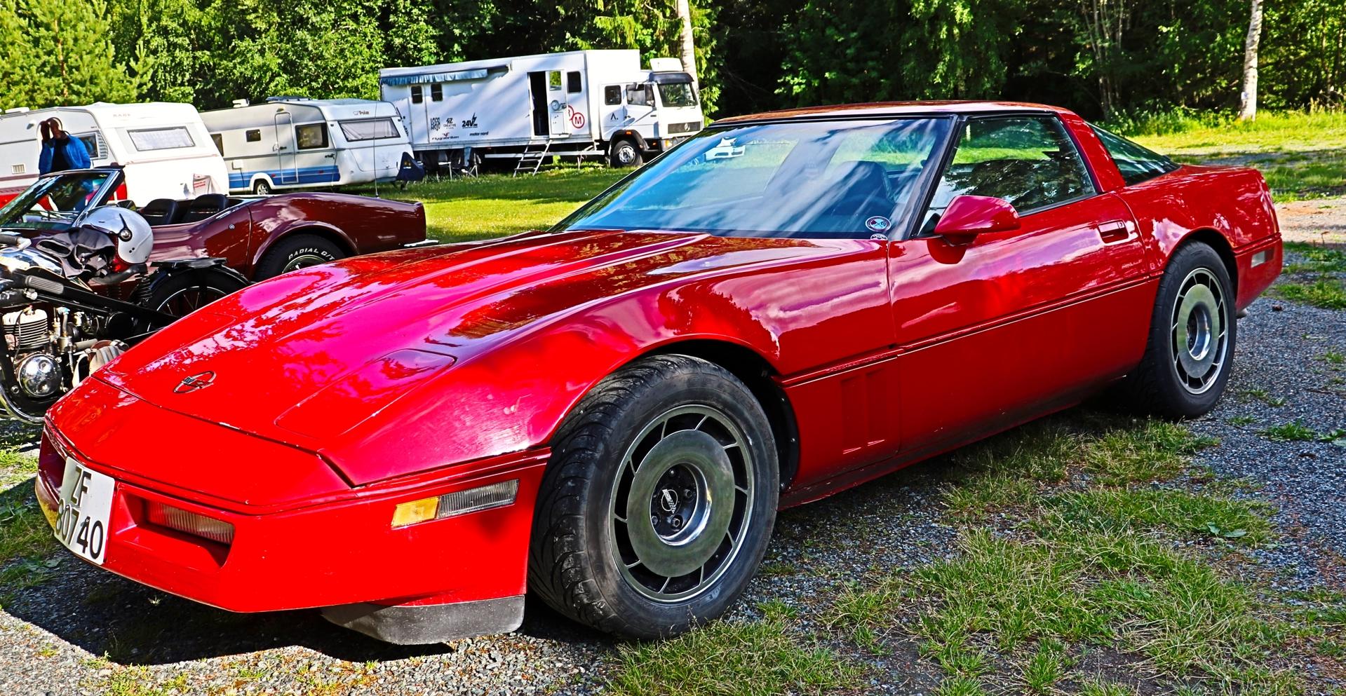 Chevrolet Corvette (2).JPG