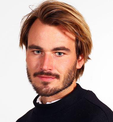 Anders Westrum Økstad style=