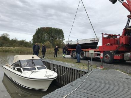 September 25. og 26. hadde vi båtopptak. Fredag var det fint vær, men på lørdag var det regn. Alt gikk knirkefritt og de som hadde satt seg på lista ble heist opp og plassert i krybba si.