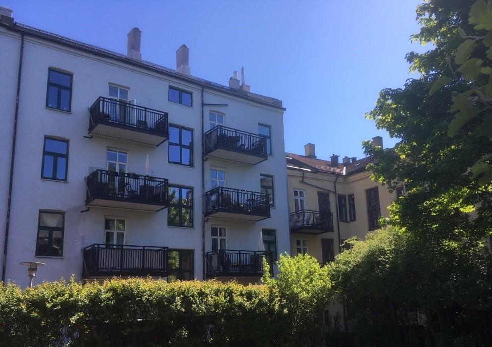 Bakgård Heimdalsgt 27c-Klevensgården til v Motzfeldtsgt 18 til h mai 2020-1.jpg