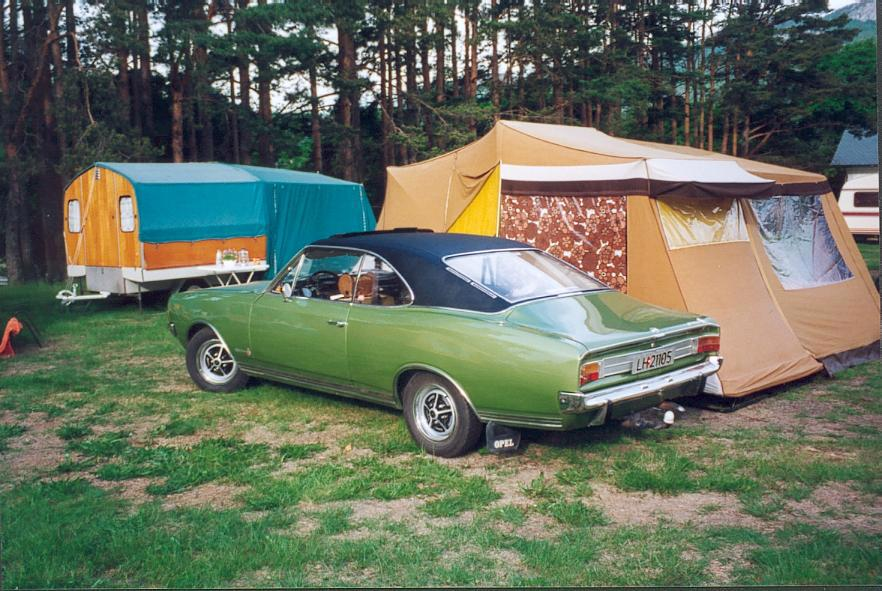 OPEL_COMMODORE_A_COUPE.JPG