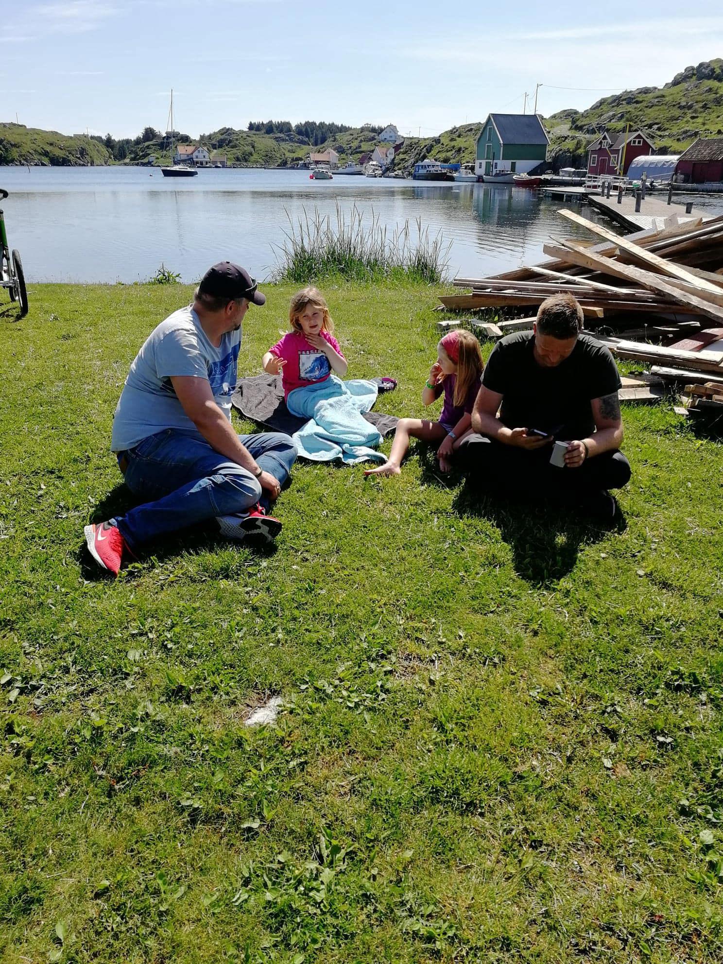 Familetur til Røvær 15 juni 2019. 1.jpg