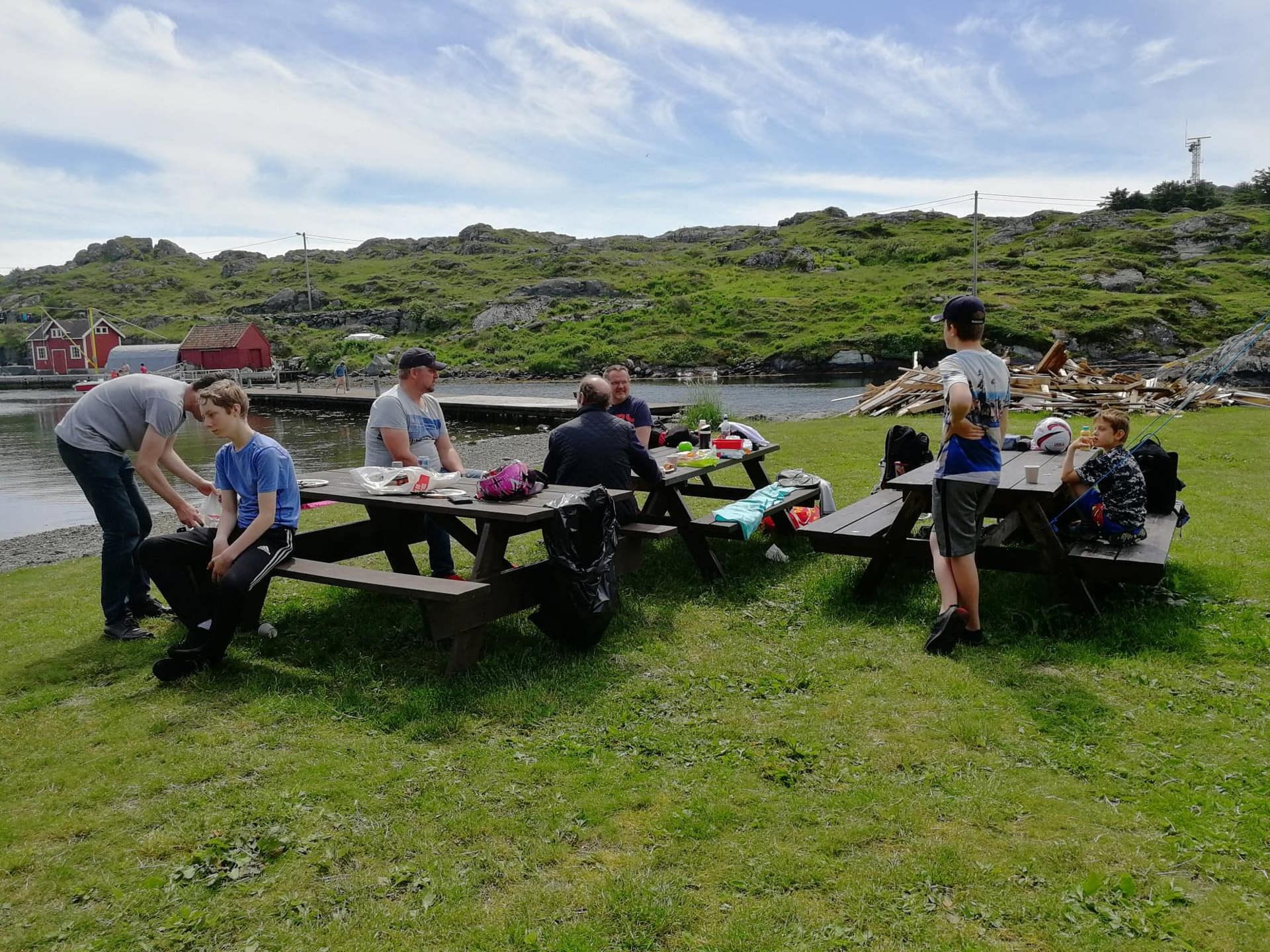 Familetur til Røvær 15 juni 2019. 2.jpg