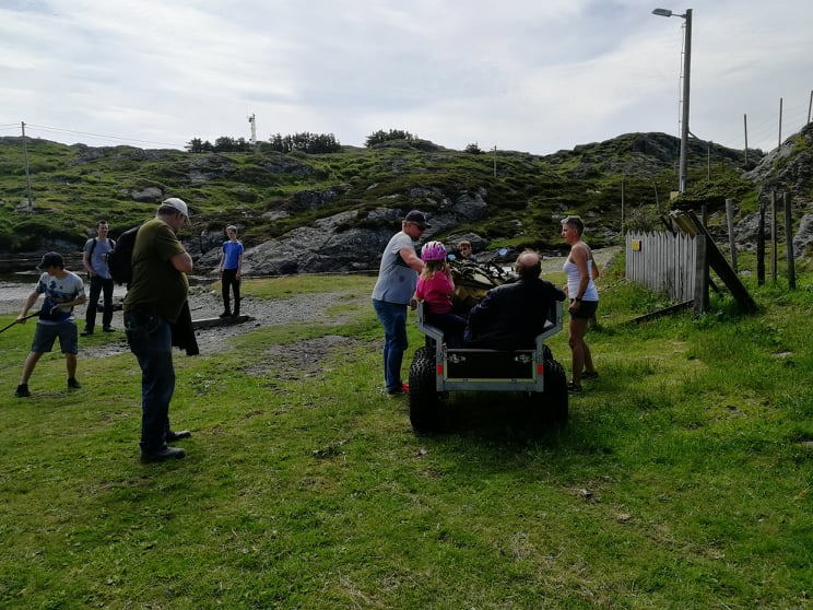 Familetur til Røvær 15 juni 2019. 11.jpg