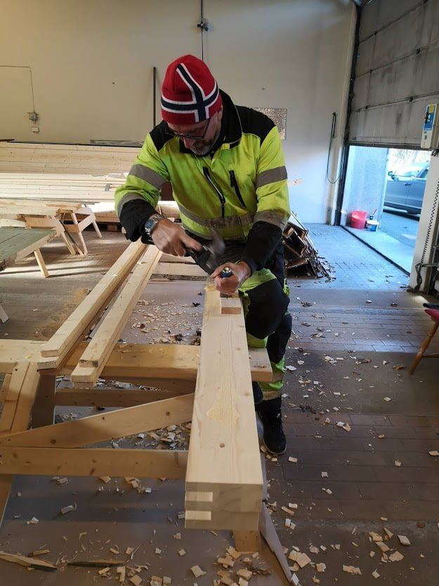 011 Litt jobbing på andre porter også Olav i jobb